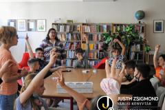 A Vörösmarty iskola 3/a osztályosai a gyermekkönyvtárban – 2021. június 15.