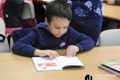Az Eötvös iskola 2/b. osztályosai a gyermekkönyvtárban - 2021. október 11.